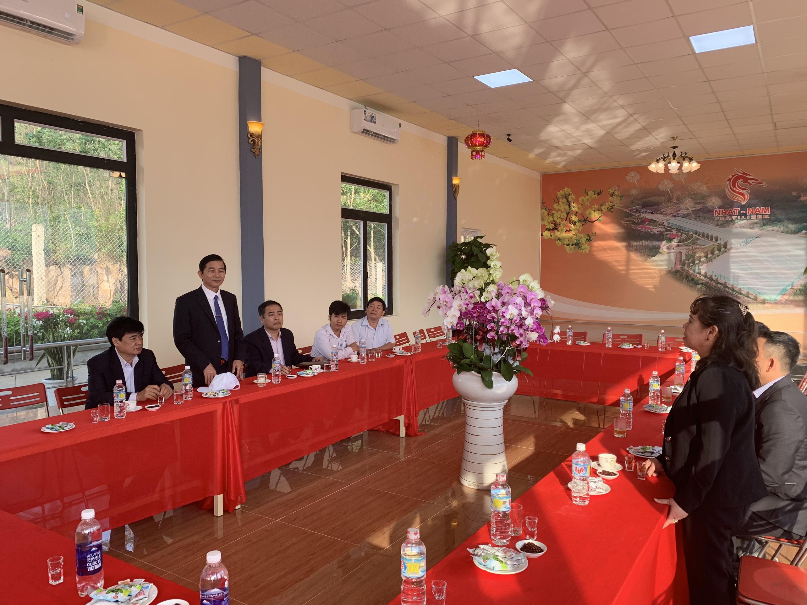 Đồng chí Phó Chủ Tịch Tỉnh Trần Châu chúc tết Nguyên Đán 2020